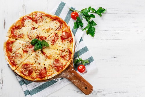 Mini Pizza Tomates et Prosciutto crudo