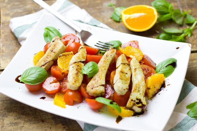 salade de poulet aux agrumes et vinaigrette italienne